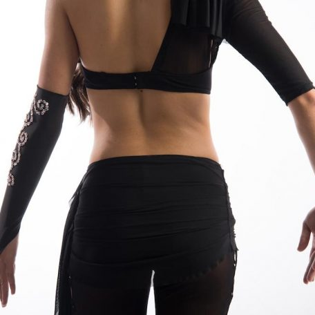 traje-sujetador-asimetrico-pantalon_1816